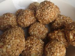 photo of tilache ladoos