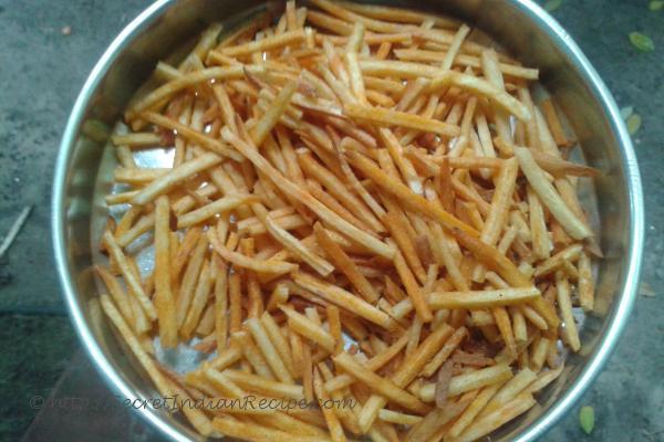 Spicy tapioca fries