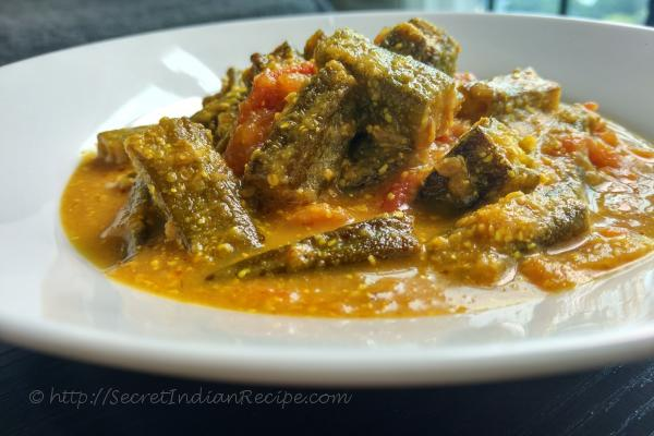 photo of sarso bhindi / shorshe bhindi (mustard bhindi curry)