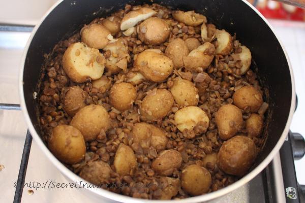 photo of saboot masoor aaloo ki subzi (lentils and potato stir fry)