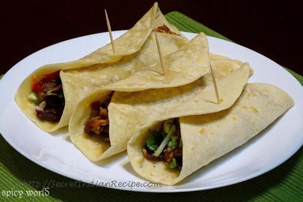 photo of tandoori chicken wraps
