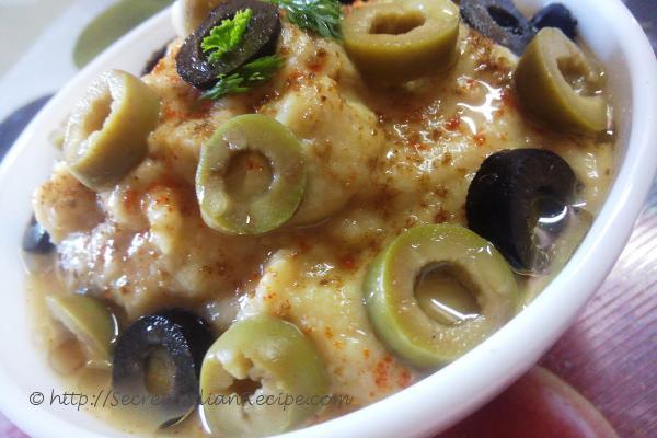 photo of hummus spread