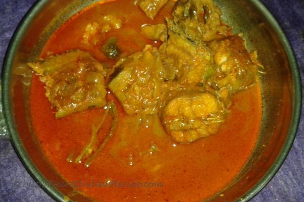 Meen mulakittathu (Spicy fish curry)