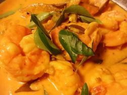 photo of konjum paccha maangayum thenga aracha curry